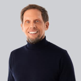 https://www.startupdorf.de/wp-content/uploads/2021/03/Peter_Hornik_Digihub_Testimonial_StartupDorf_640-opt-320x320.jpg